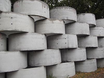 башня из бетонных колец для колодца