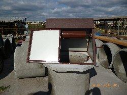 домик коричневый под колодец