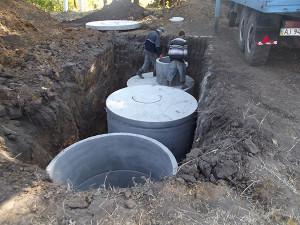 Выгребная яма из бетонных колец  с.Гатное